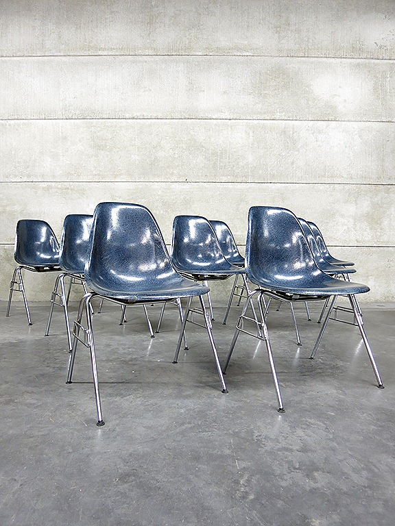 Vintage Eames Herman Miller eetkamer stoelen, fiberglass shell chairs ...