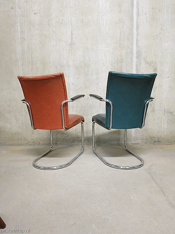 Gispen de wit buisframe stoelen, tube chair Dutch design   Bestwelhip