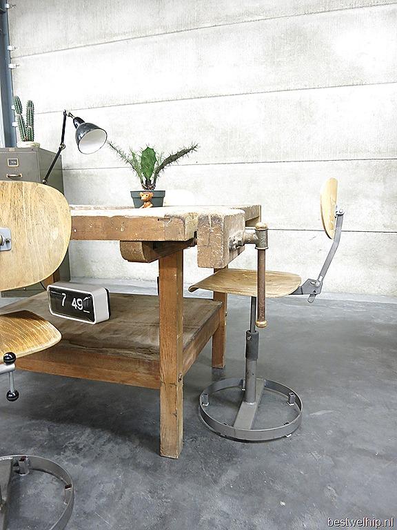Stoere werktafel keukentafel industrieel vintage, table industrial ...