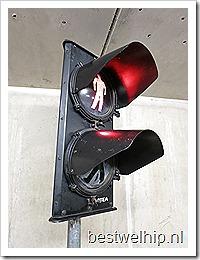 Industrieel stoplicht ATEA vintage retro traffic light
