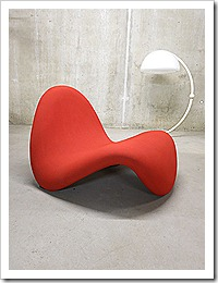 Vintage lounge chair Artifort Pierre Paulin tong stoel