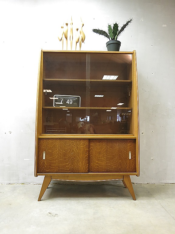 mid century design wandkast vitrine kast vintage cabinet bestwelhip. Black Bedroom Furniture Sets. Home Design Ideas
