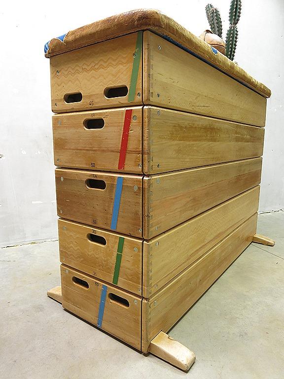 Stoere vintage design ladenkast dressoir turn kast industrieel ...