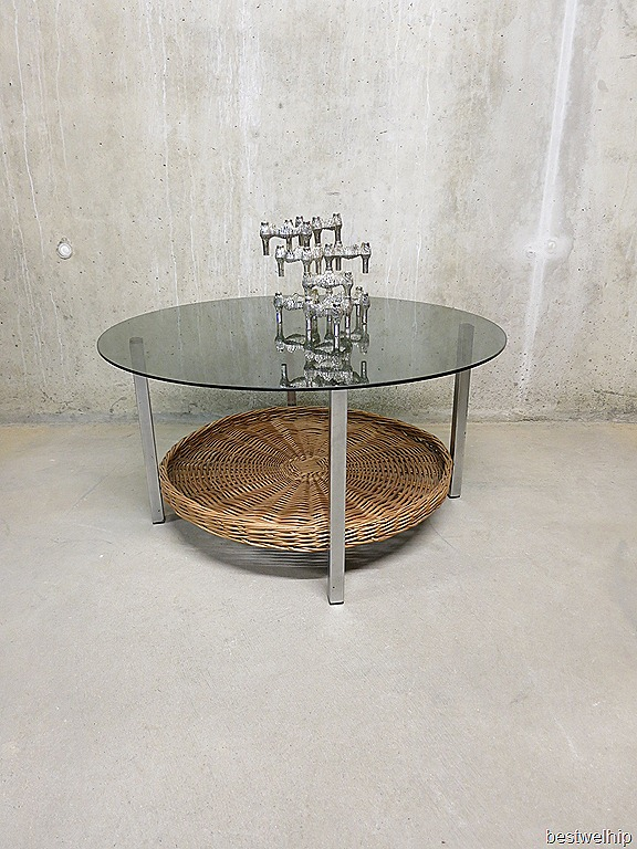 Salontafel Met Riet En Glas.Vintage Retro Salontafel Lectuurmand Bestwelhip