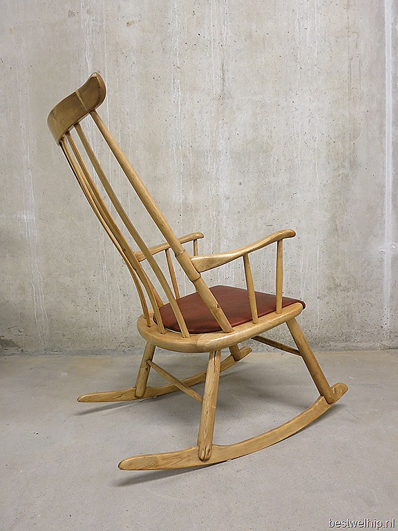 Vintage Schommelstoel Te Koop.Vintage Deense Houten Schommelstoel Rocking Chair Danish Bestwelhip