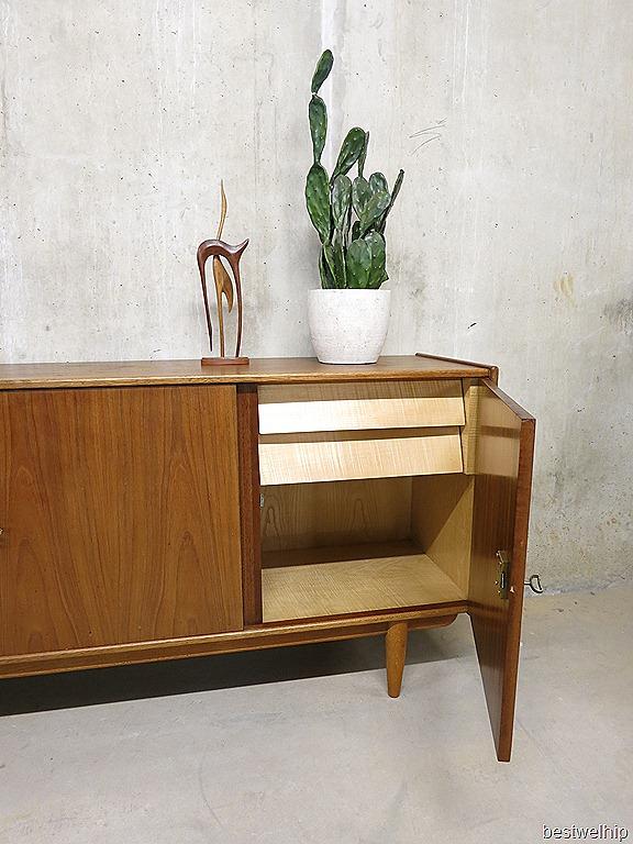 Mid century design deens dressoir cabinet hovmand olsen bestwelhip - Scandinavisch massief pijnmeubilair ...