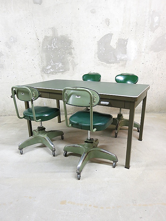 Vintage Tafel Amp Stoelen Industrieel Design Bestwelhip