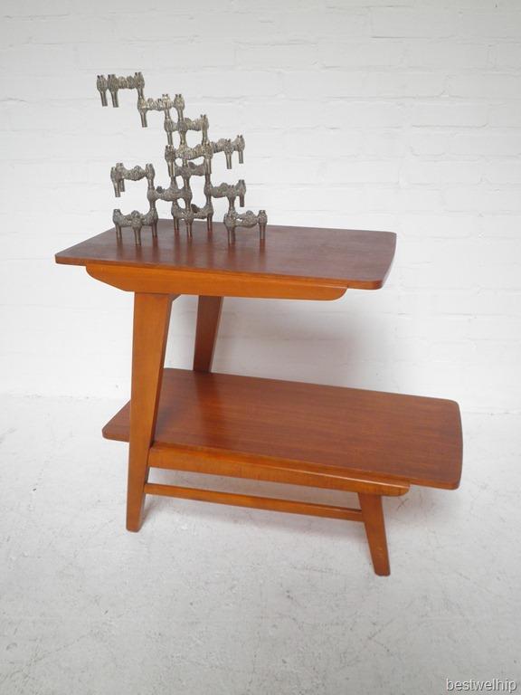 Vintage deense side table bestwelhip for Deense meubels vintage