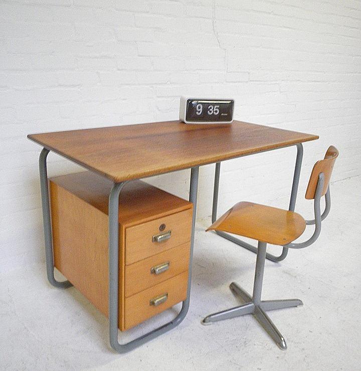 Industrieel vintage bauhaus bureau desk bestwelhip for Bureau retro