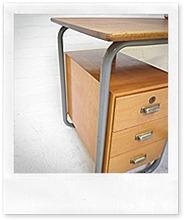 Industrieel vintage bauhaus bureau desk bestwelhip for Bauhaus stoel vintage