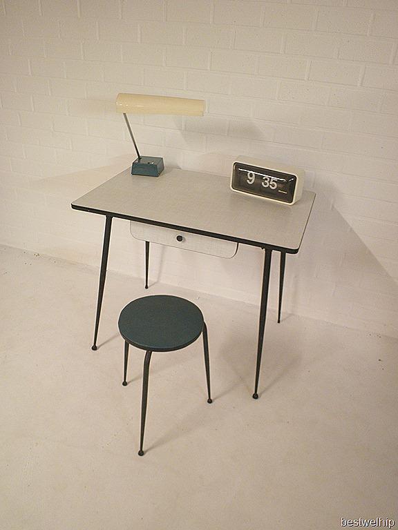 Vintage bureau tafel industrieel formica bestwelhip for Retro tafel