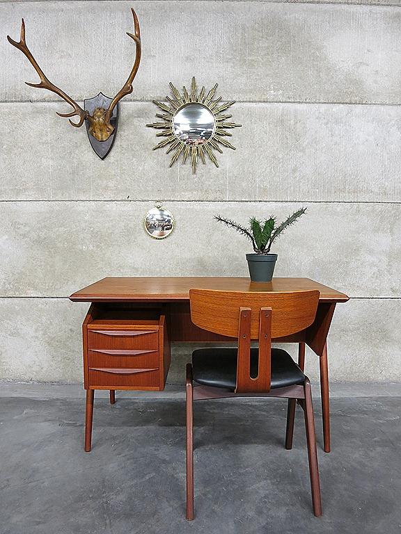 tibergaard danish vintage design desk bureau deens vintage design bestwelhip. Black Bedroom Furniture Sets. Home Design Ideas