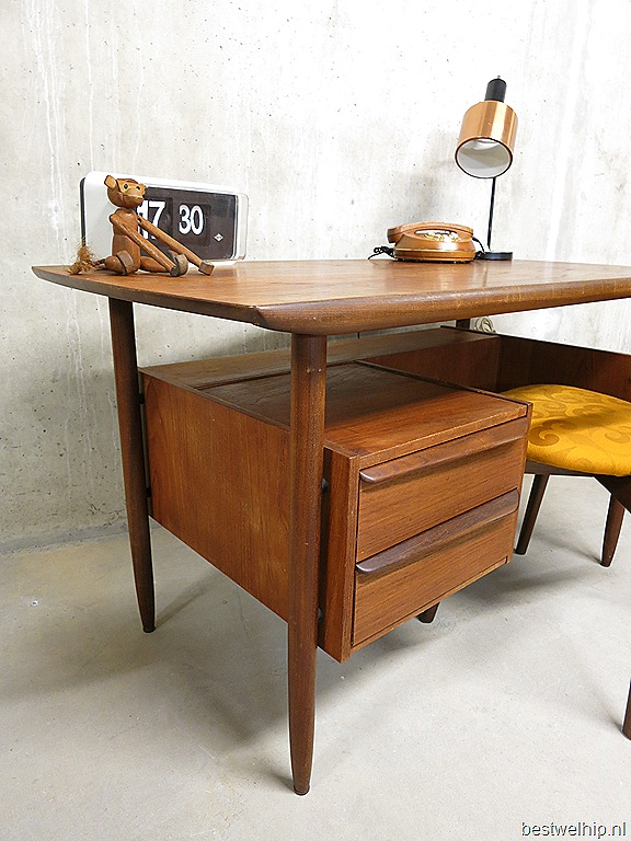 Dutch design bureau desk tijsseling bestwelhip for Bureau design 1 m