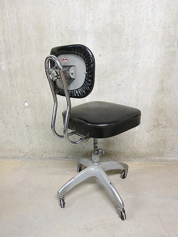 Industri le vintage bureaustoel erca staal bestwelhip for Bureaustoel vintage