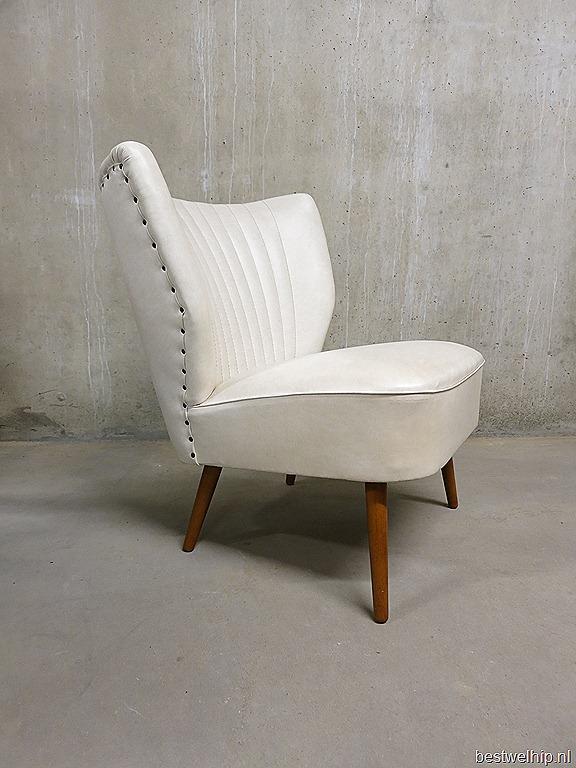 Vintage cocktail stoel wit clubfauteuil artifort bestwelhip for Witte leren stoelen