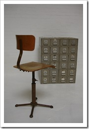 industriele design kruk / stoel, vintage design tekentafel stoel Drabert Minden 1889