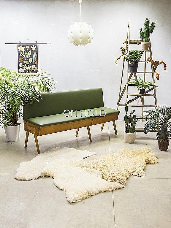 Eetkamertafel En Bank.Vintage Design Eettafel Bank Industrieel Vintage Sofa Mid Century