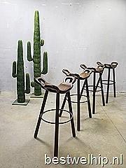 Vintage Spanish stools, vintage design Spaanse krukken barkruk