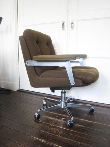 Artifort design bureau stoel bestwelhip for Bureau stoel