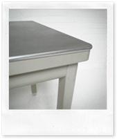 stalen vintage tafels