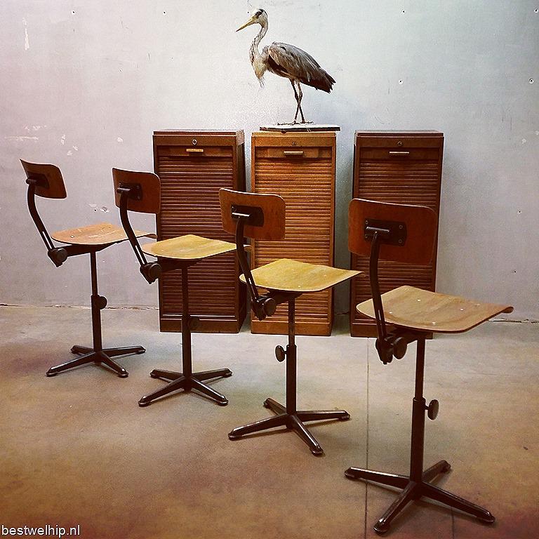 Industrial bar stool Friso Kramer Ahrend de Cirkel vintage  : weekend starters BESTWELHIP1 from bestwelhip.nl size 768 x 768 jpeg 202kB